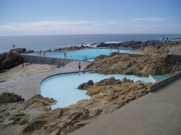 Mis primeros pasos en arquitectura piscina en le a de palmeira alvaro siza for Alvaro siza leca swimming pools