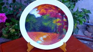Platos decorativos con pintura al óleo y barniz