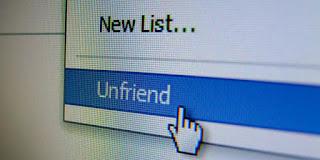 """Hati-hati, melakukan """"unfriend"""" dalam Facebook di Negara ini Bisa Dianggap Bullying !"""