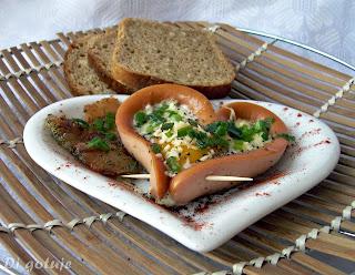 Serduszko z parówki i jajka