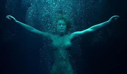 Apologise, Fatale femme rebecca romijn nude are