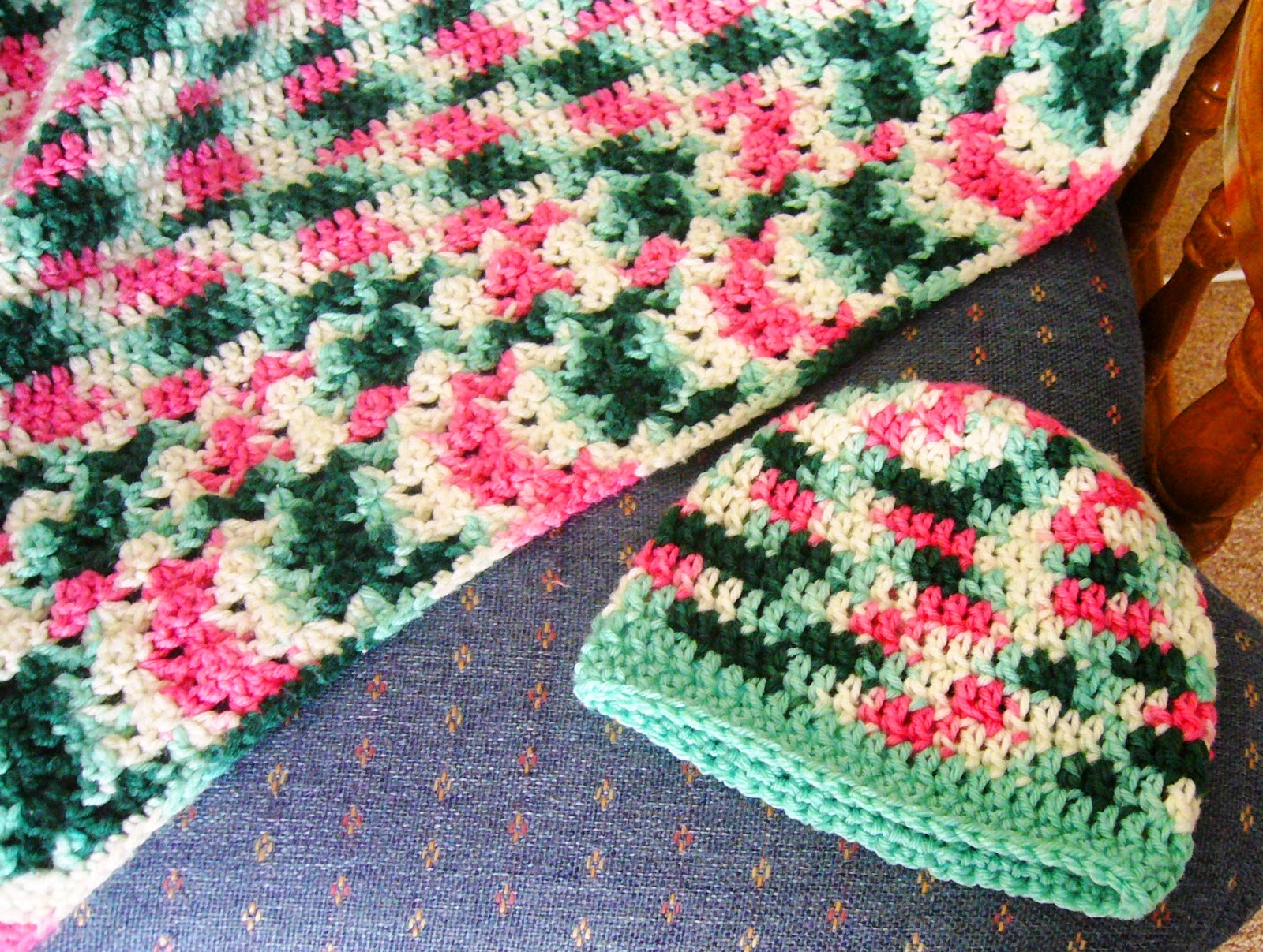 Crocheting for Operation Christmas Child Shoe Boxes
