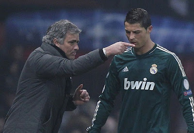 Jose Mourinho talking to Cristiano Ronaldo at Old Trafford