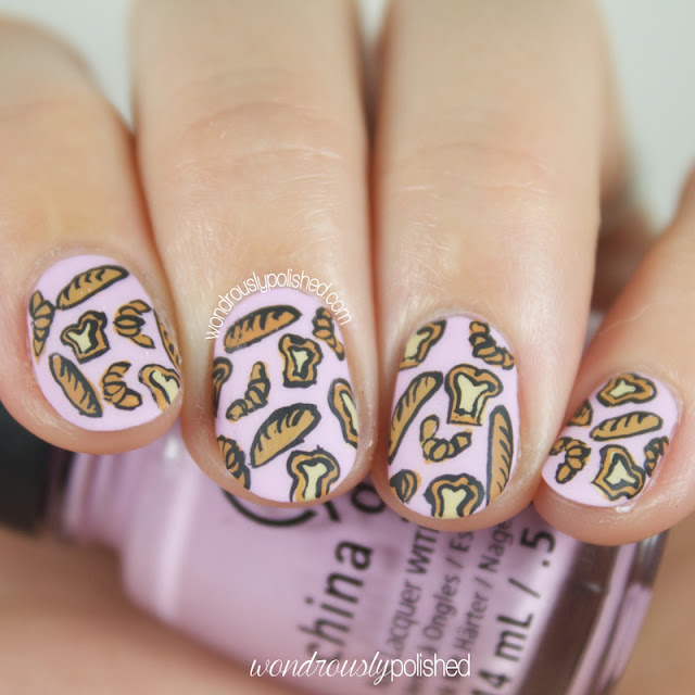 bread nail art