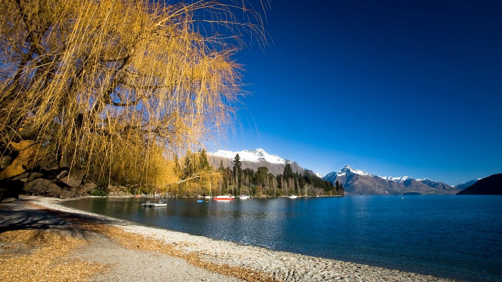 http://4.bp.blogspot.com/-7Gj2qKY9AXo/Tc16CI-YjHI/AAAAAAAANnI/V0Ds9nMq_Wo/s1600/1250219176_1920x1080_lake-wakatipu-scenery-wallpapers.jpg
