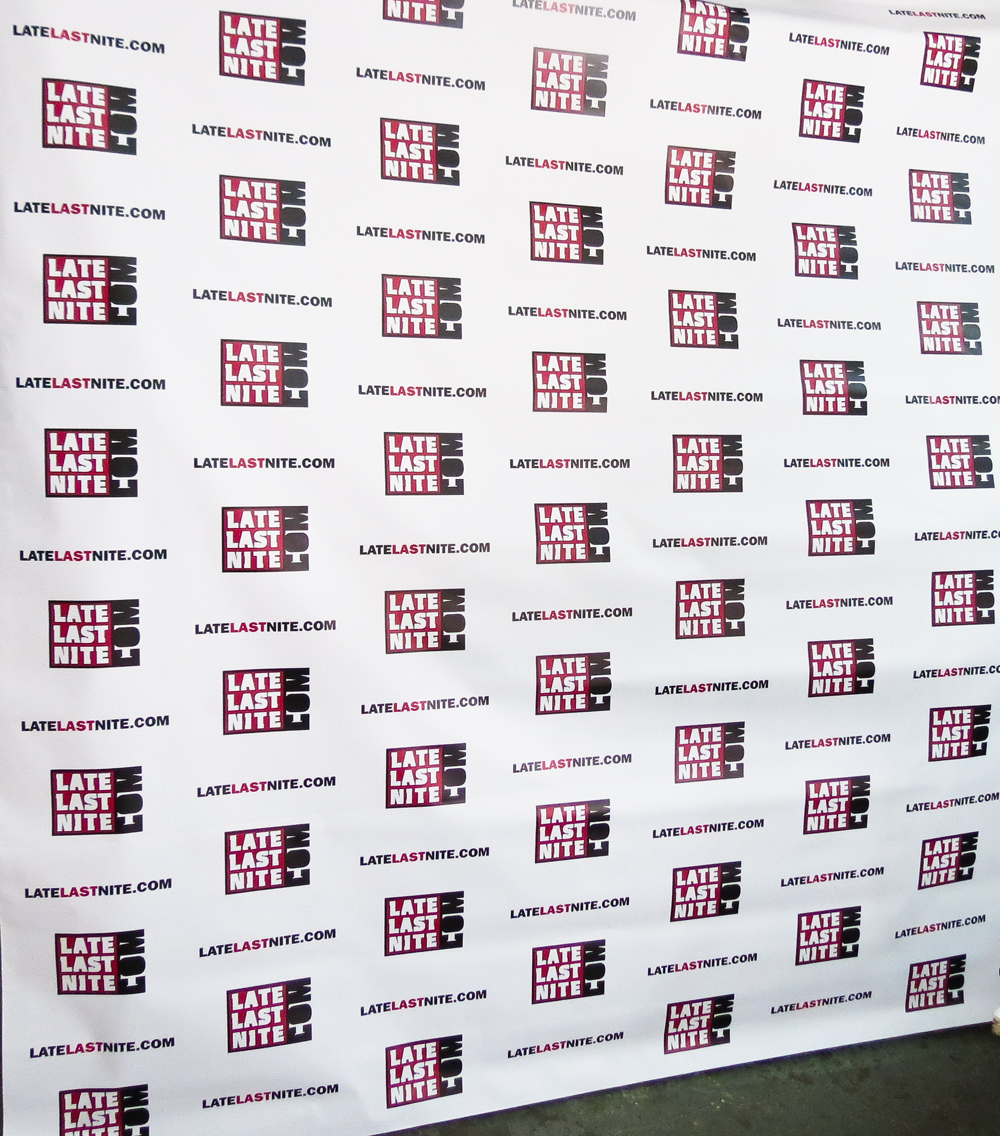 how to make a step and repeat banner