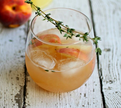 Bourbon and Thyme Peach Smash