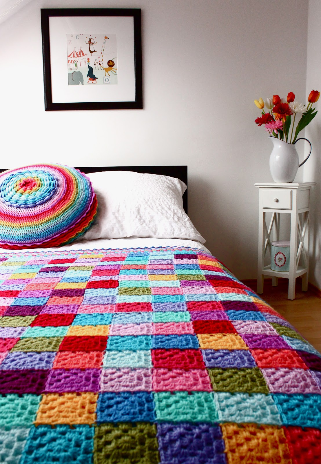 Crochet Quilt Squares : It has so many different colours and seems to complement many things ...