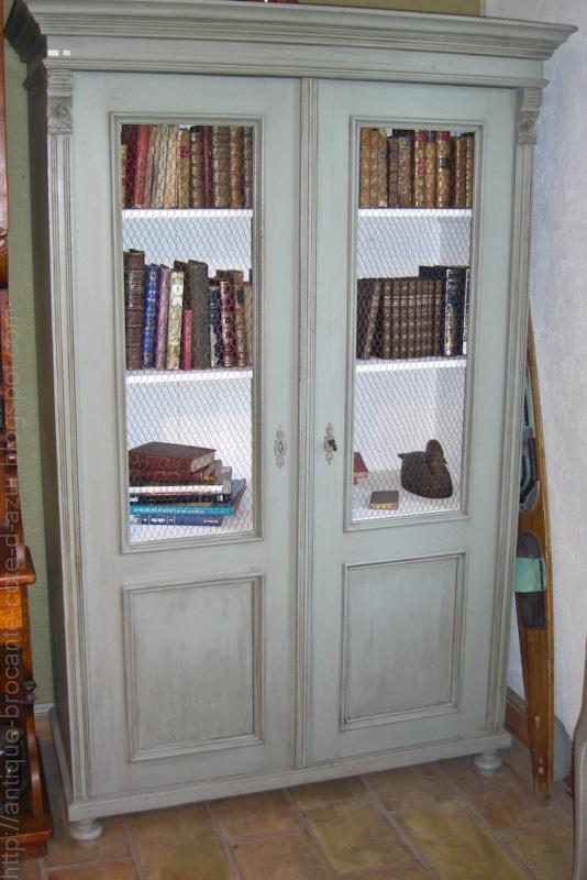 antiquit s brocante c te d 39 azur armoire peinte vendu. Black Bedroom Furniture Sets. Home Design Ideas