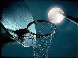 Slam dunk a moon
