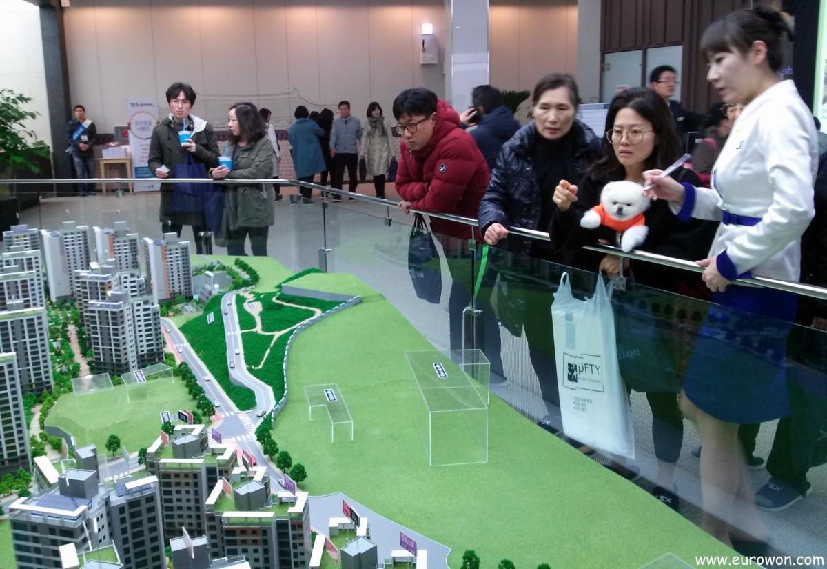 Maquetas de edificios de apartamentos a la venta en Seúl