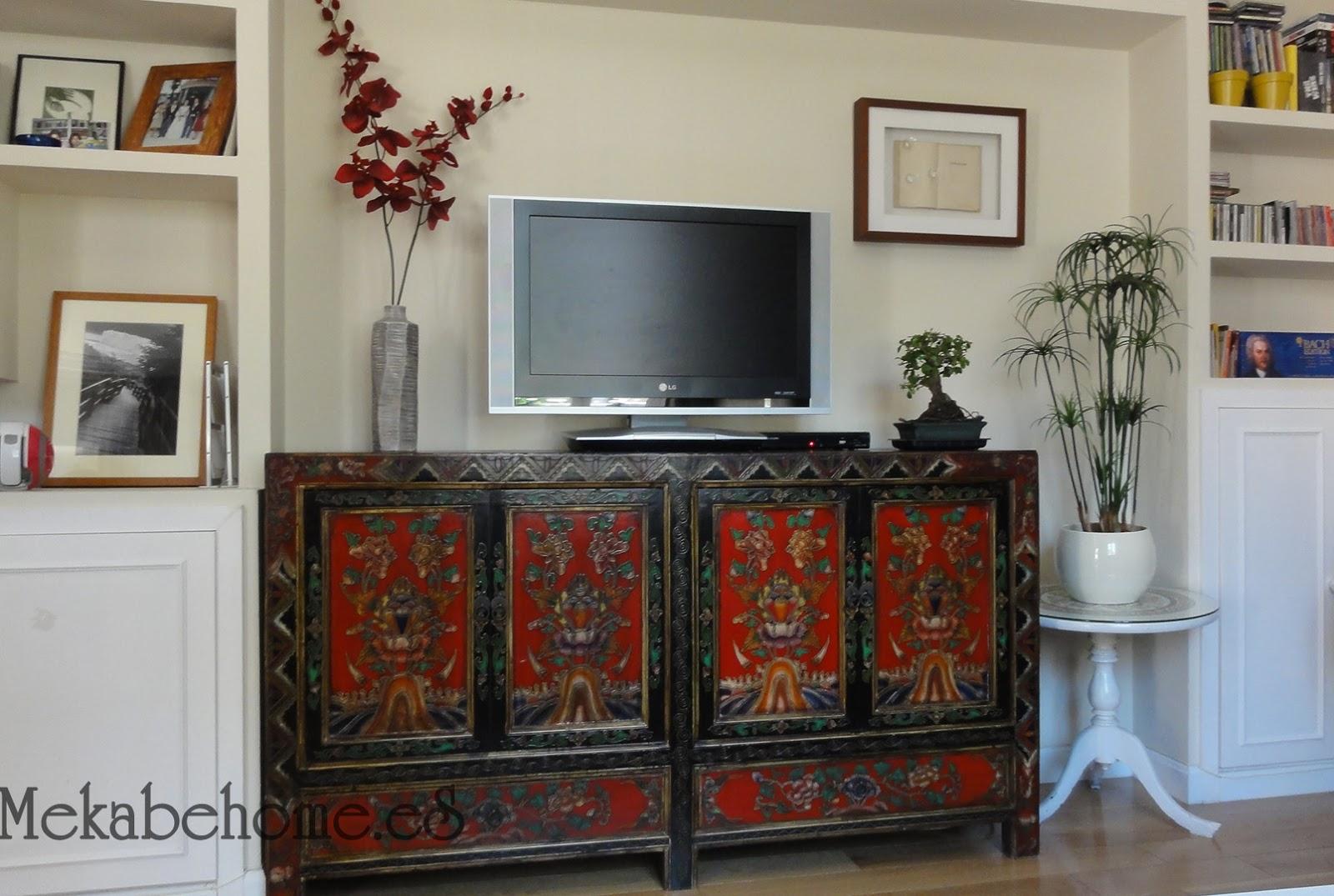 El nuevo hogar de nuestro aparador tibetano mekabe home for Muebles orientales madrid
