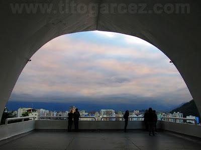 Mirante Niemeyer, em São Vicente - São Paulo - Por Tito Garcez