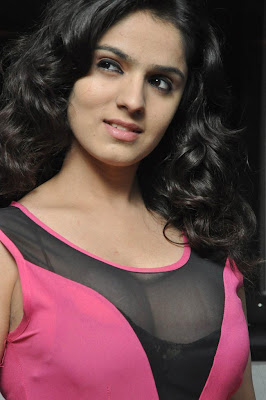 Sidhika sharma latest hot stills