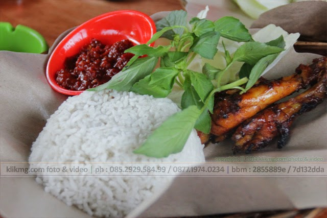 Ayam Bakar Sambel Lalap + Tempe & Tahu Goreng + Es Teh - Resto Ayam Bakar KALI APA