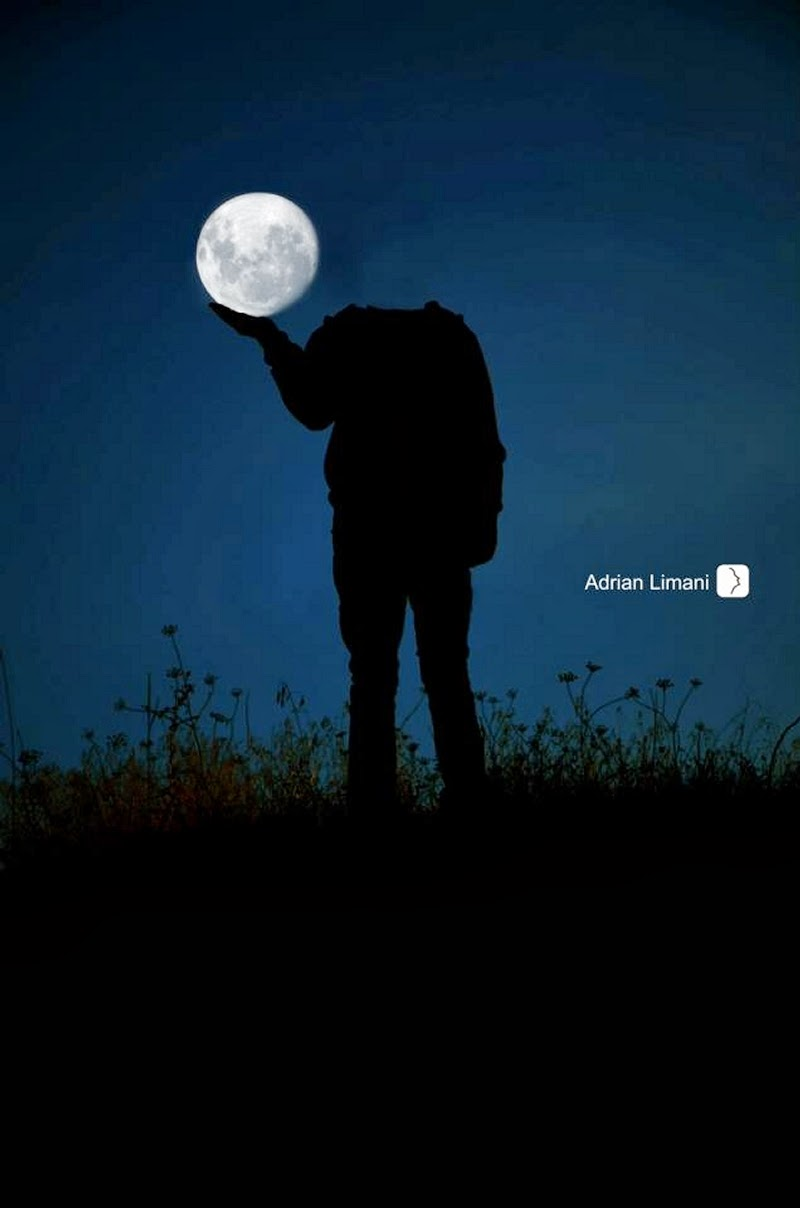 06-MoonHead-in-my-Hand-Adrian-Limani-Amazing-Moon-www-designstack-co