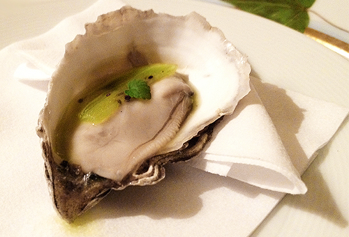 Bouley oyster and kiwi carpaccio