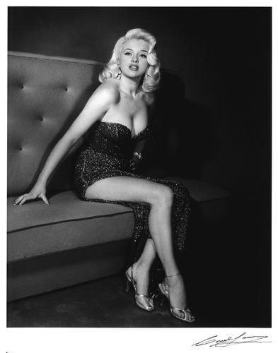 Diana Dors  sc 1 st  Histolines & Diana Dorsu0027s timeline #DianaDors #history #retro #vintage #bio ...