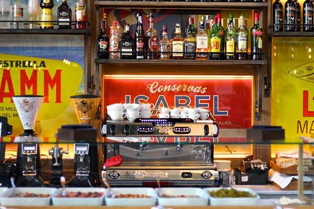 desestresate-restaurante-el-nacional-barcelona-cocina-de-mercado-estilo-industrial