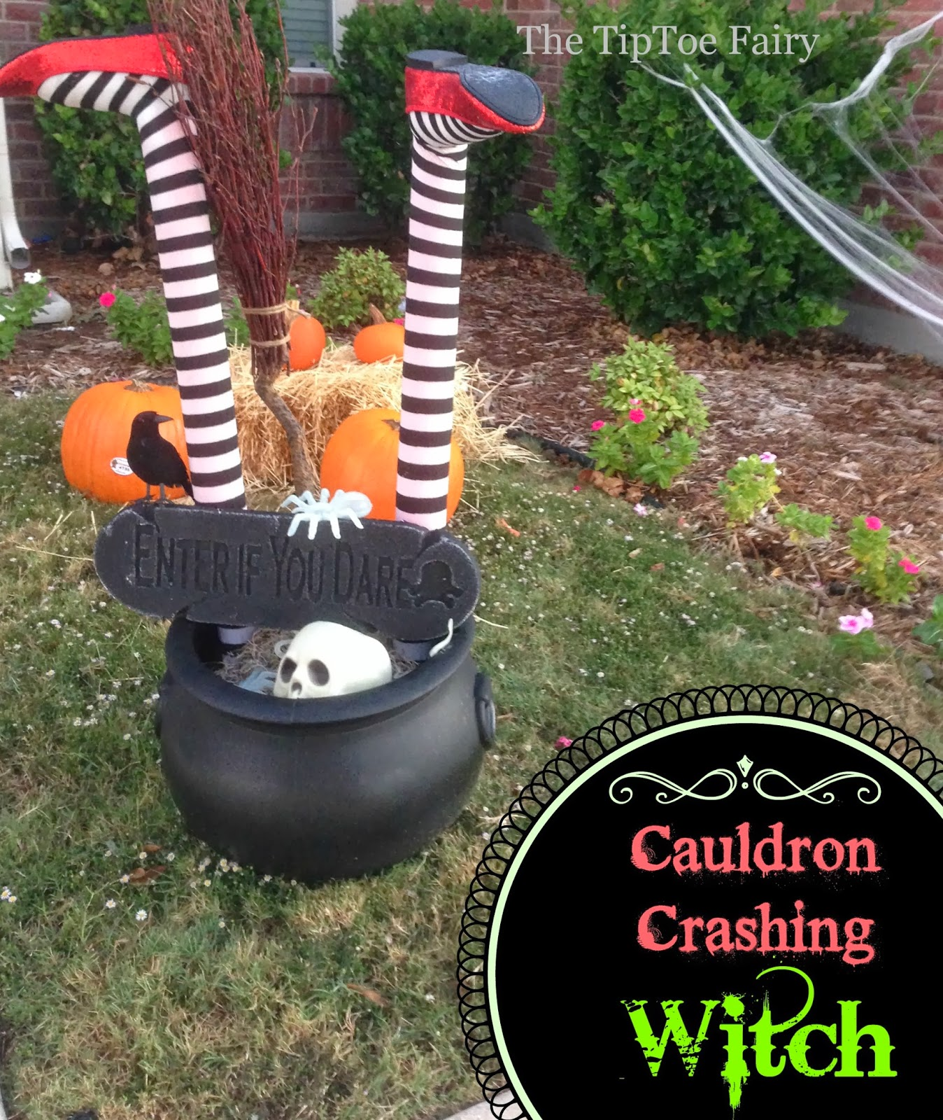 halloween outdoor decorations: it's a witch crashing! | the tiptoe fairy