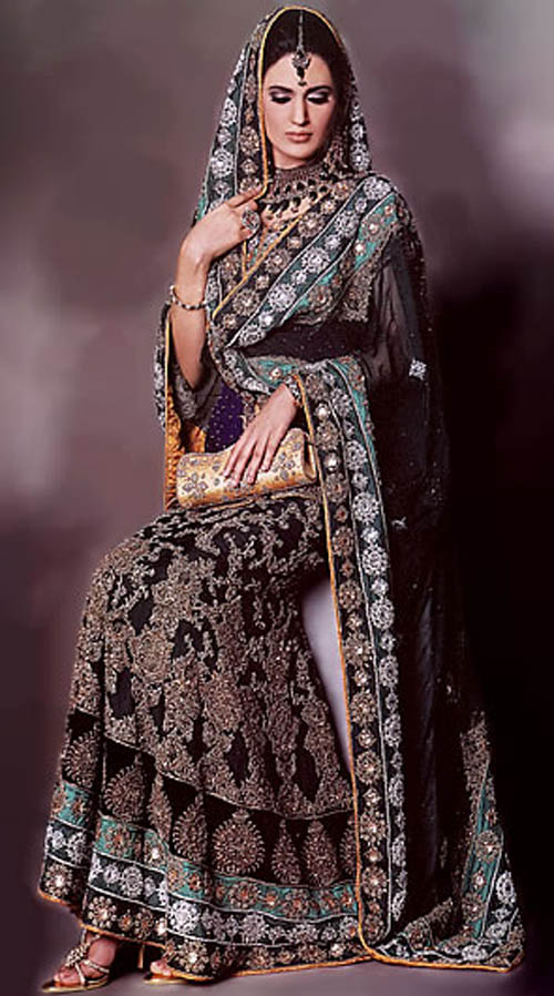 Great Pakistani Bridal Lehnga Designs 500 x 898 · 88 kB · jpeg