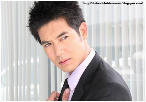 Thai Celebrities News: Weir Sukollawat Kanarot