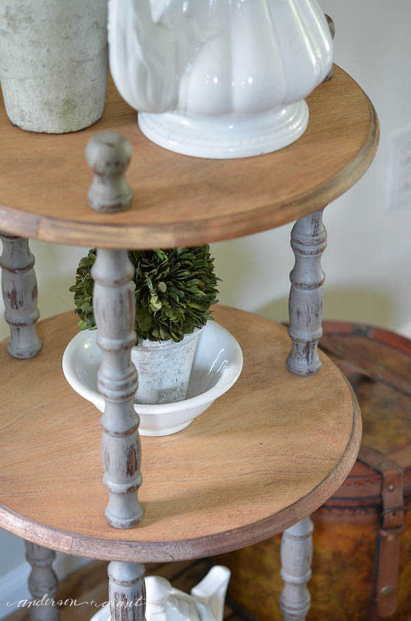 DIY tutorial for creating a rustic entry table for your home.  |  www.andersonandgrant.com