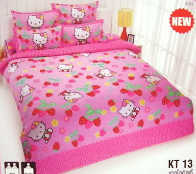 Hello Kitty bed sheets and duvet cover