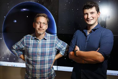 Astronomers Konstantin Batygin and Mike Brown Discovered a Neptune-sized Planet After Pluto