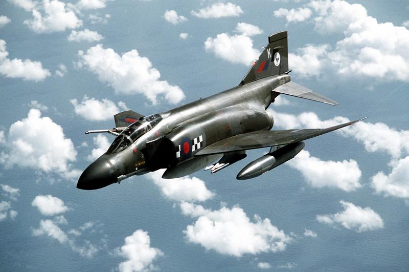 HI-TECH Automotive: McDonnell-Douglas F-4 Phantom II