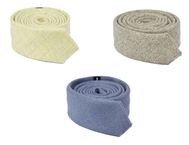 http://robinsonanddapper.com/category/scottish-wool-ties/