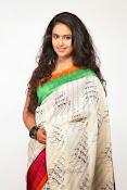 Avika Gor Glamorous photos in saree-thumbnail-8