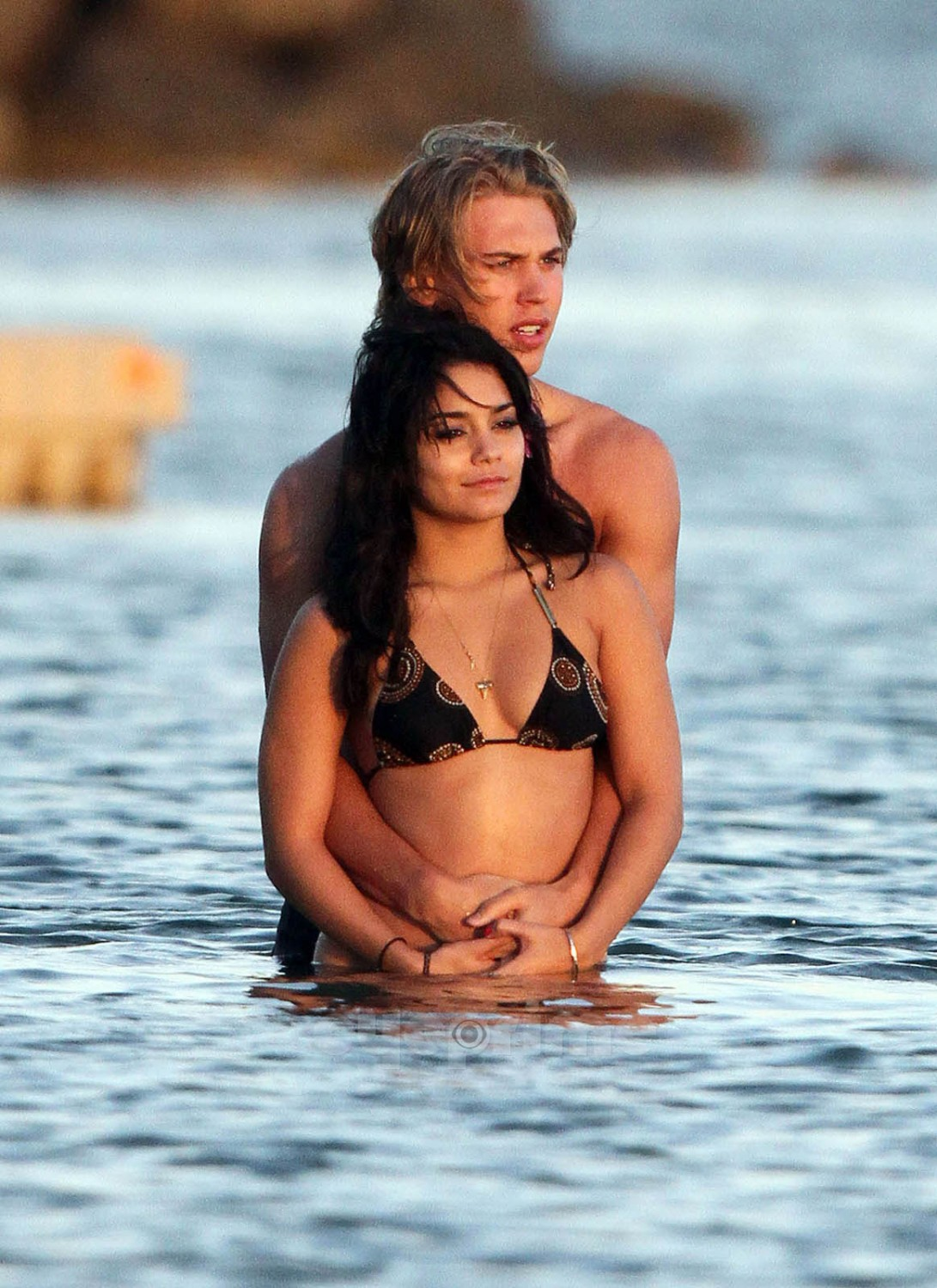 Displaying 19> Images For - Lucas Till And Kayslee Collins...