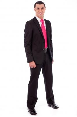 Tips for Men's Formal Summer Suits photo 2