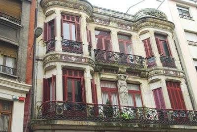Gijón, Modernismo, edificio calle Cabrales 43
