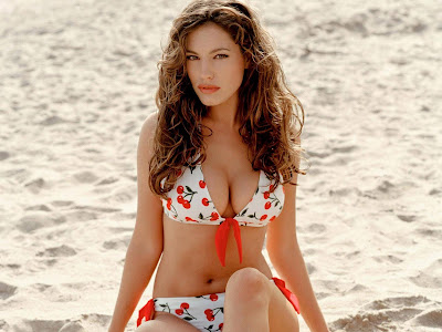 Kelly Brook Hot HD Wallpaper_140