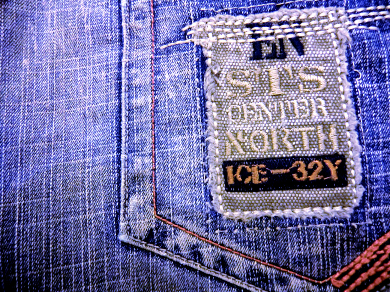 http://4.bp.blogspot.com/-7JP0_N-k6P0/TuiC7-1w1hI/AAAAAAAAY9M/uKYtLTaIxIo/s1600/Gruge+Jeans+Wallpapers+%25287%2529.jpg