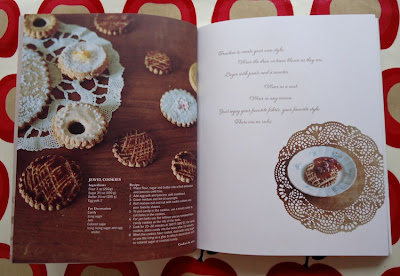 Stylish biscuits in the Stylish Dress Book