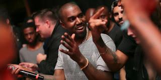 Pour un gros chèque, Kanye West anime mariages et autres fêtes...