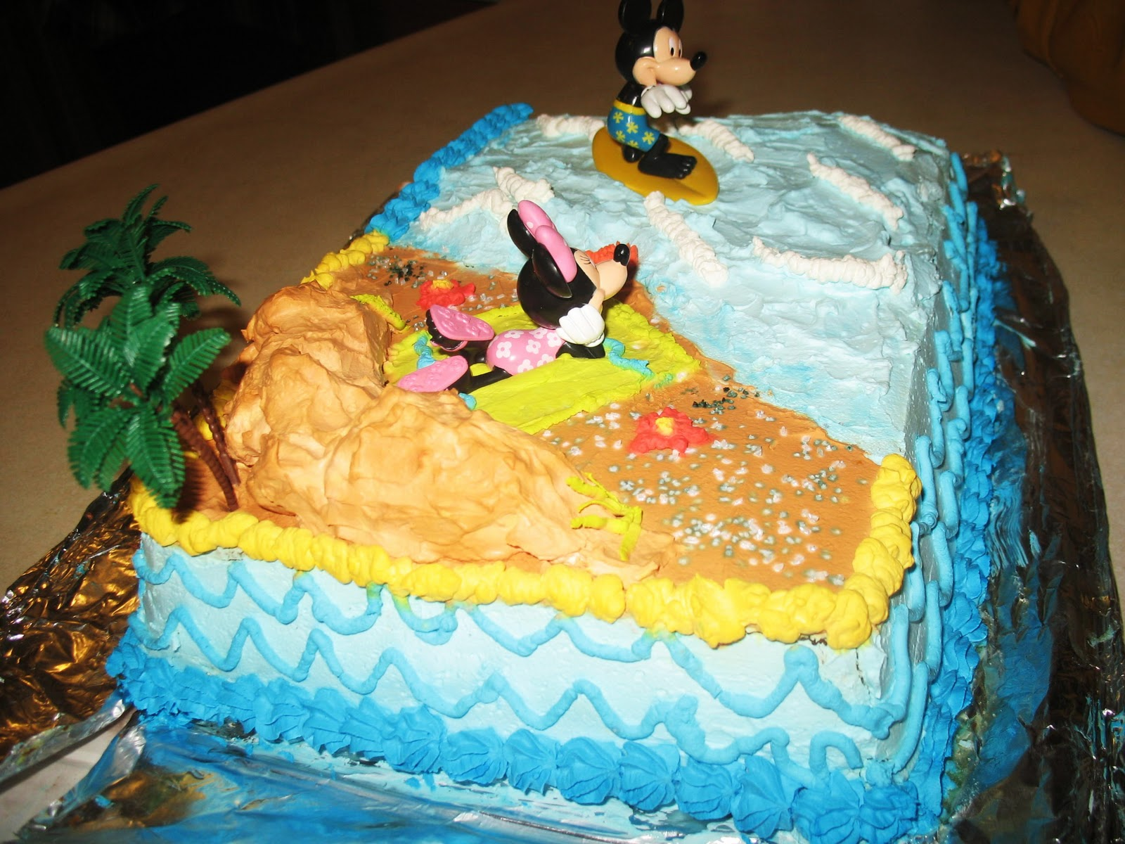 Cake Images For Bf : Forever a Piece of Cake: Mickey & Minnie Mouse beach ...