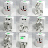 "CENTRUM LINK - ""Universal Travel Adaptor"" - GG-931"