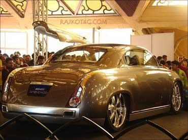 Quot King Is Back Quot Hindustan Motors Ambassador S New Look