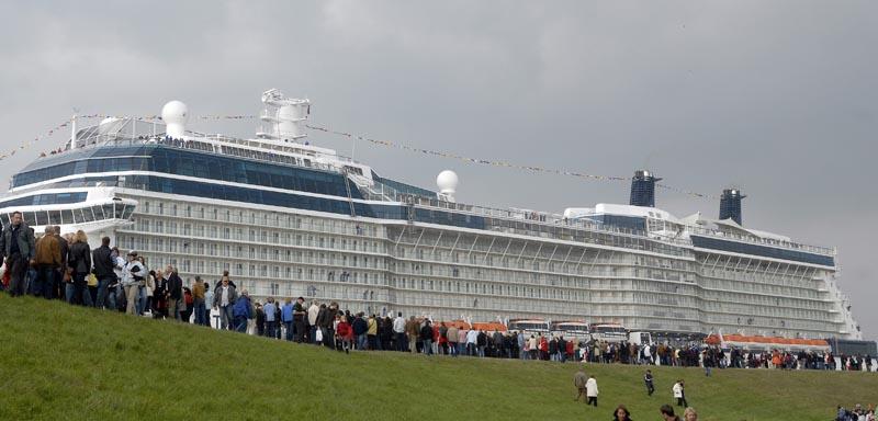 All Cruises Worlds Largest Cruise Ship