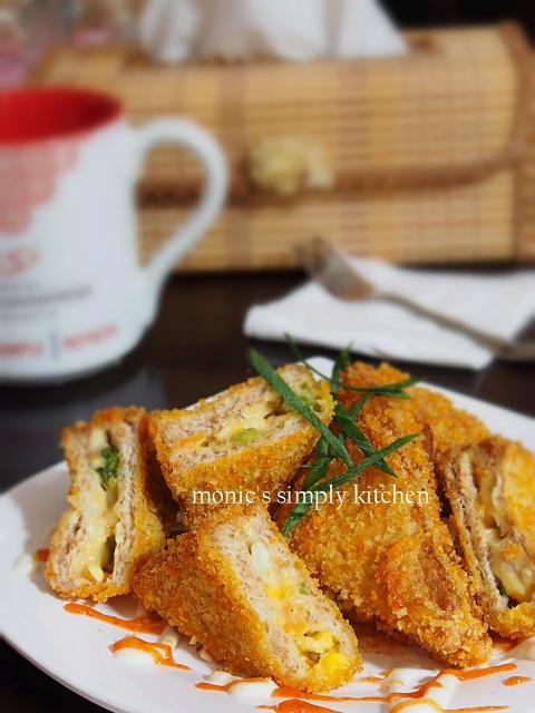 roti tawar goreng ragout ayam sayuran