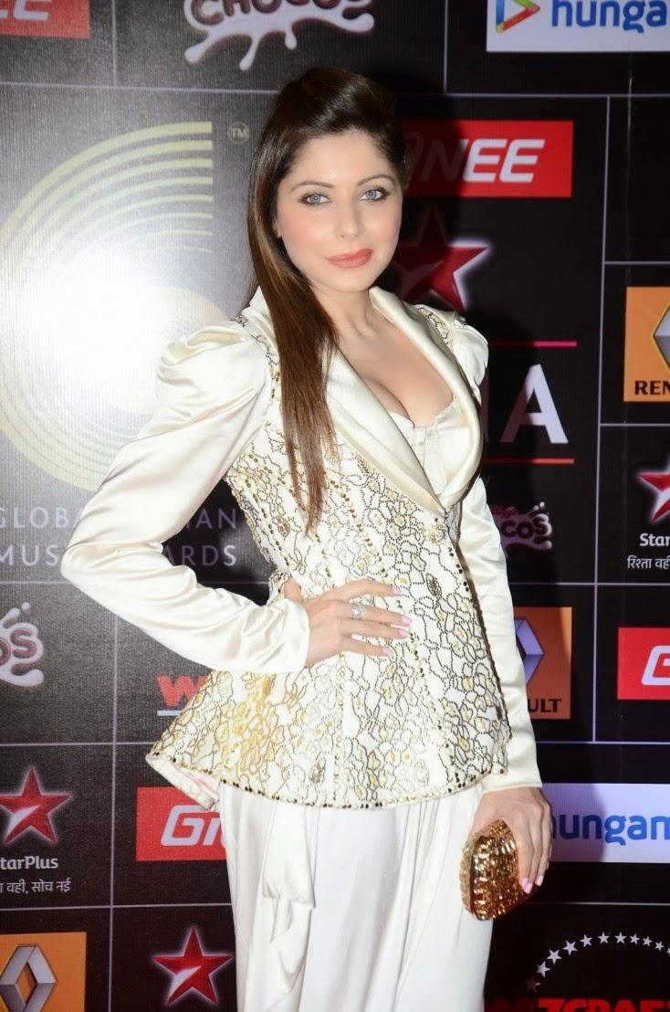 Kanika Kapoor Latest Hot Stills in White Dress at 5th ...