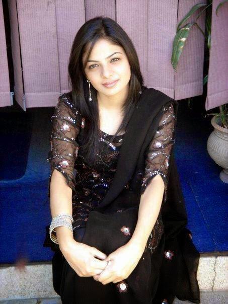 Meet Single Girls From Pakistan 2015 - Pak Dating Hot