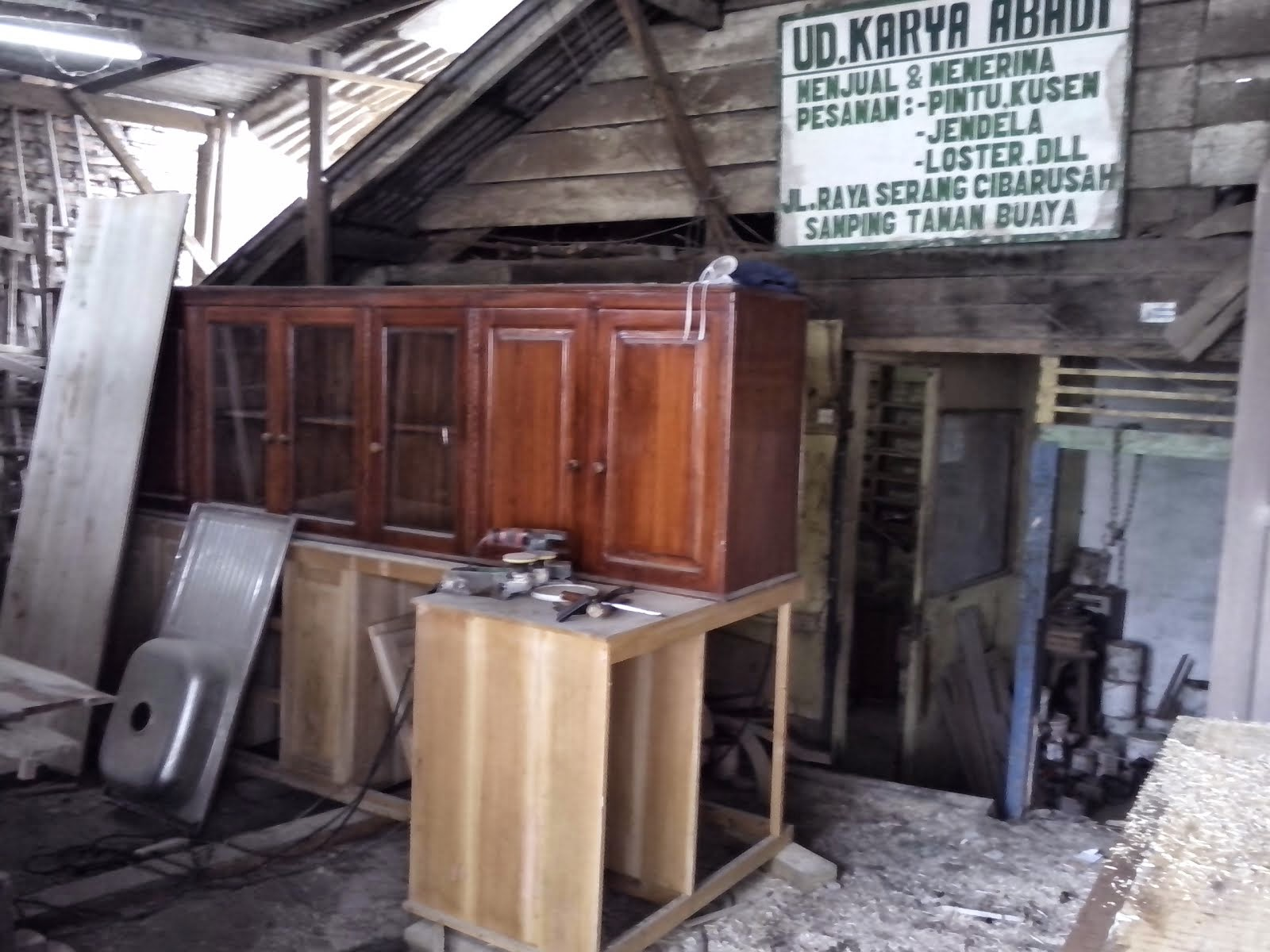 Jasa kitchen set bahan kayu murah wilayah jakarta dan bekasi for Bahan kitchen set