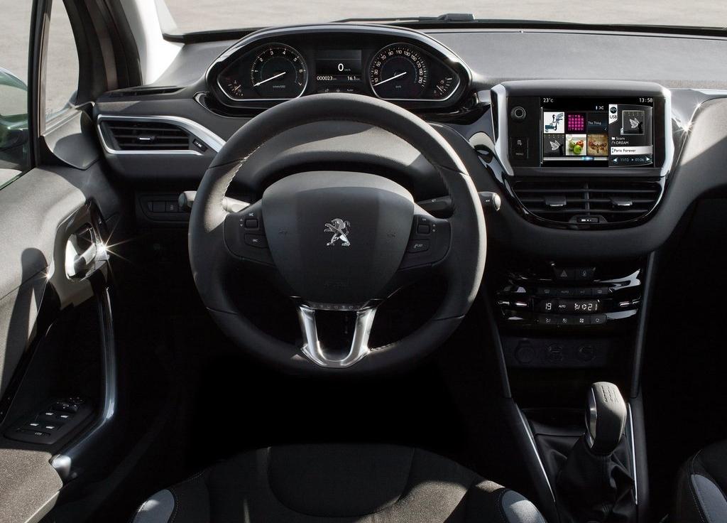 cockpit automóvel - conteúdos auto: ensaio: peugeot 208 1.2 vti/82