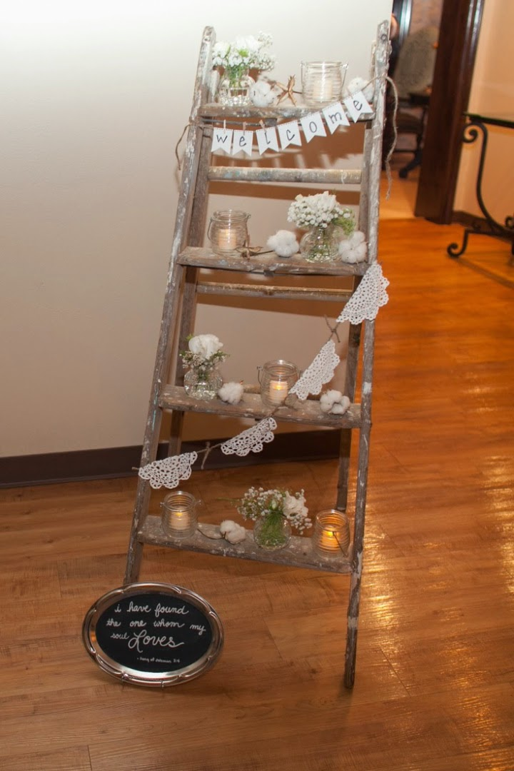 ideas para utilizar escaleras de madera en la decoracin de tu boda blog de bodas bodas con detalle