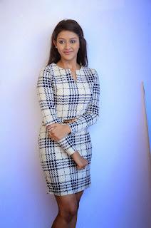 Pooja Jhaveri in Spicy Short Tight Kurta Spicy Pics Choreographer Turned Actress Pooja Jhaveri